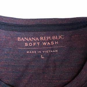 Banana Republic Shirts - MEN'S BANANA REPUBLIC Soft Wash Crew Neck Tee